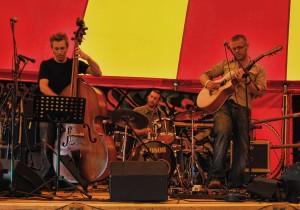 Andy Grant Trio 03