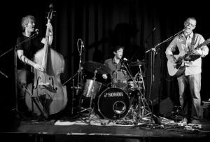 Andy Grant Trio 04
